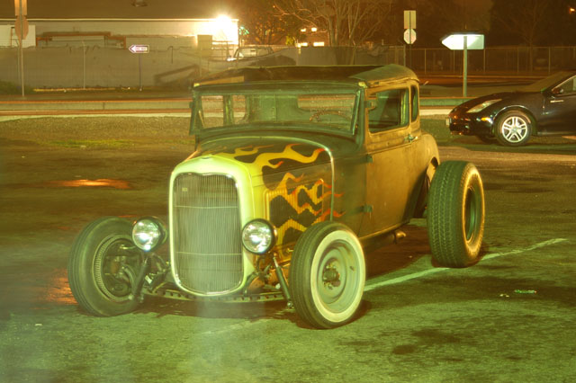 John's Burger last Friday – Crazy Hot Rod Ghost Pictures!