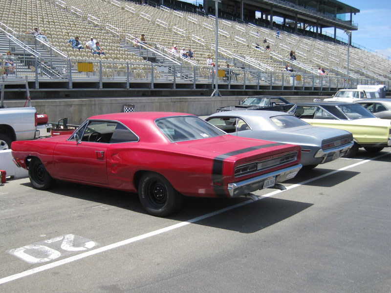 Mopars North of the Gate 2009