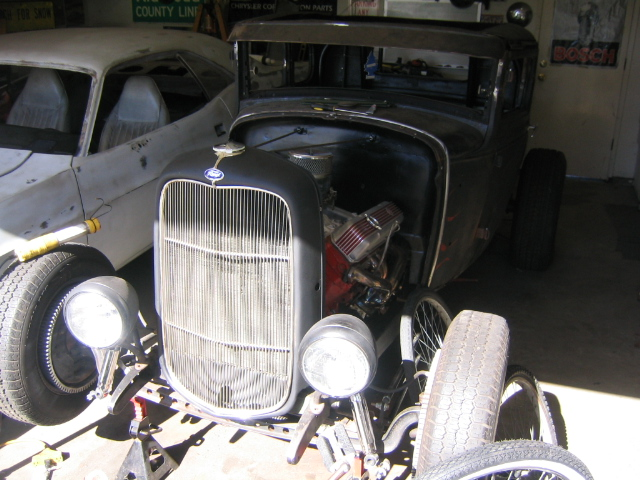 Stuffing a rattlecan rebuild 440 HP into the 1931 Ford Coupe