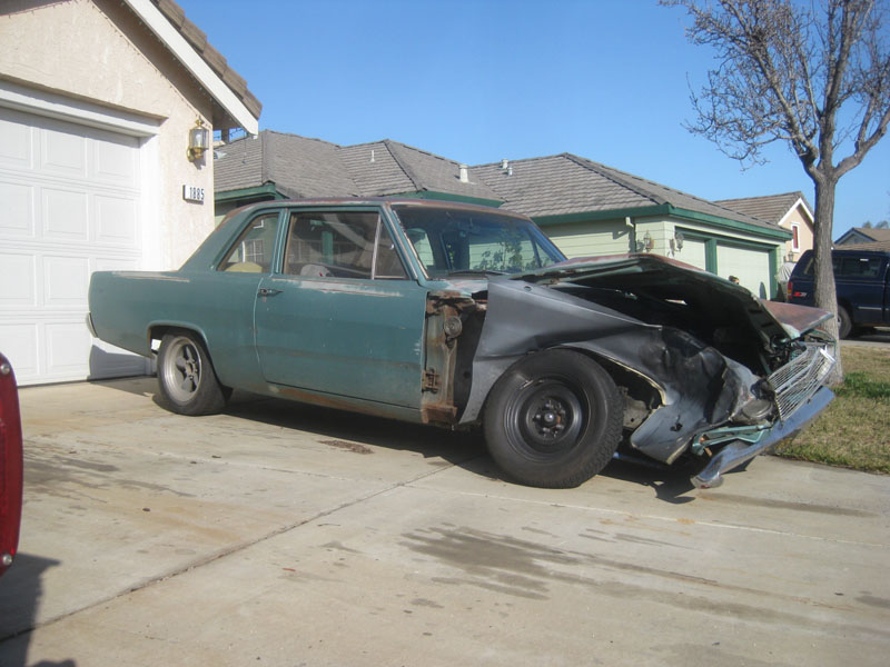 Wreck 1967 Plymouth Valiant Coupe